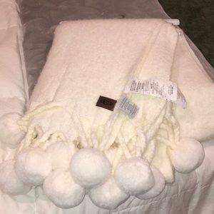 Ugg Blanket ivory